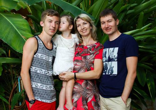 Ольга Мамина с семьей.